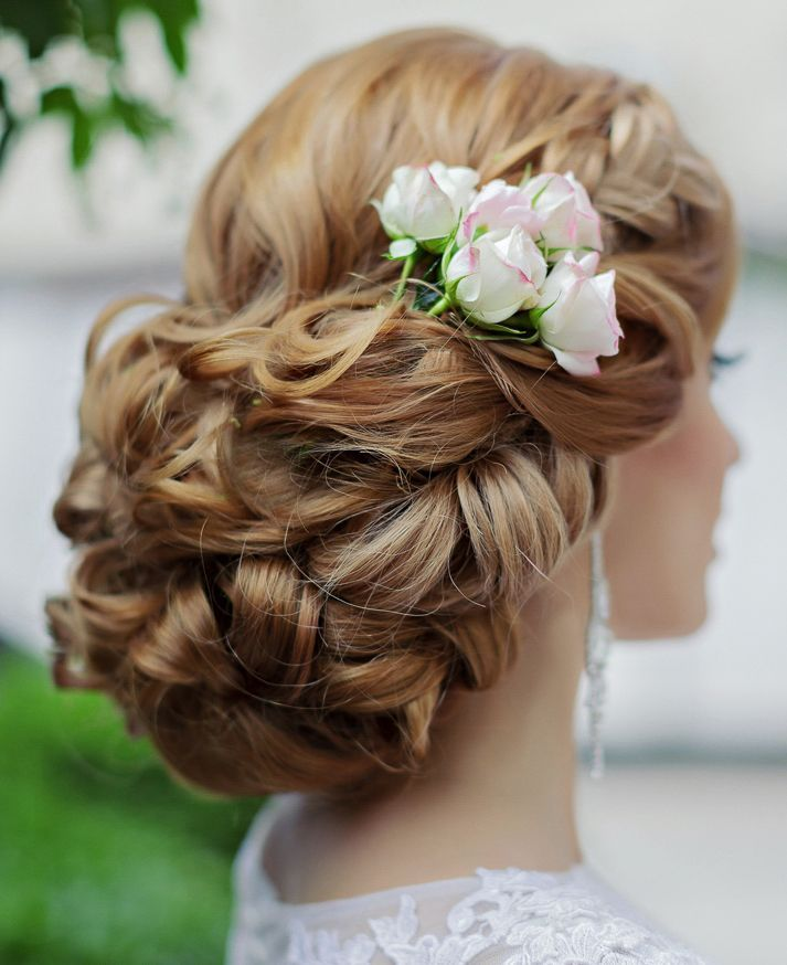 Featured Hairstyle: Websalon Wedding - Anna Komarova; Featured Photo: Liliya Fad...