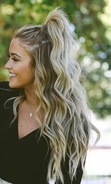 These curls are gorgeous To chat with a stylist or book an appointment, visit ou...