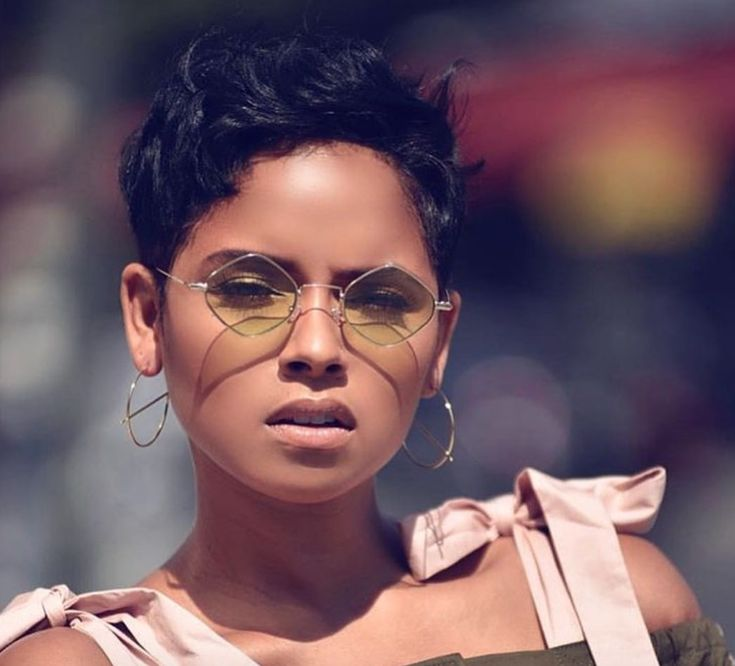 Nice pixie RaVaughn Brown - blackhairinformat...