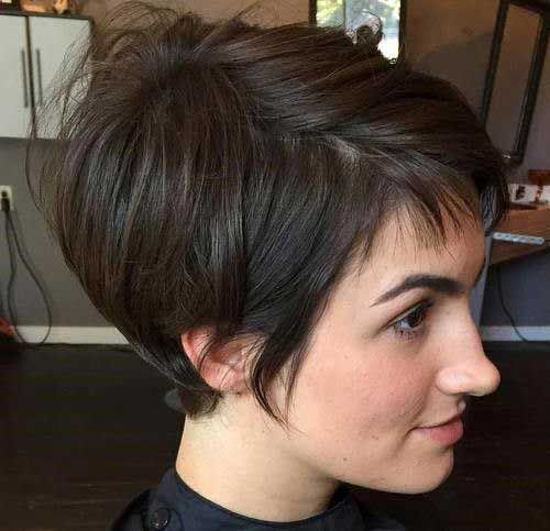 12.Short Brown Hair