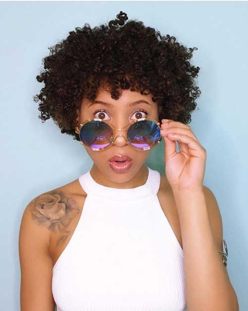 15.Short Hairstyle for Black Women
