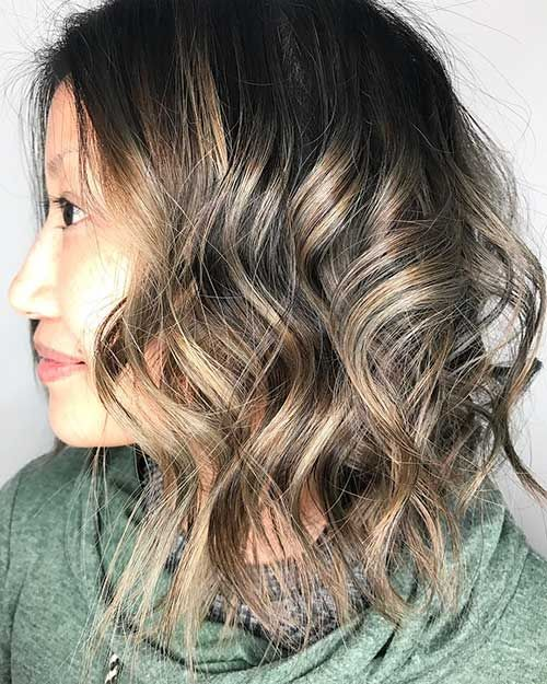 3-Short Curly Hairstyle