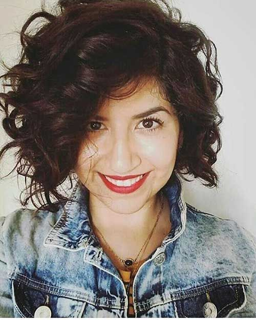 6-Popular Short Curly Hairstyles