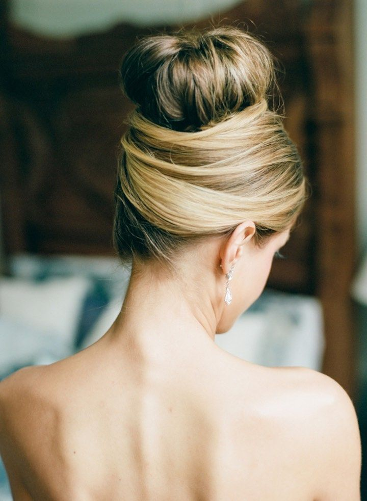 Featured Photographer: Dana Fernandez Photography; Wedding hairstyle idea.
