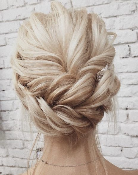 Featured Hairstyle:Lena Bogucharskaya;www.instagram.com/lenabogucharskaya; W...