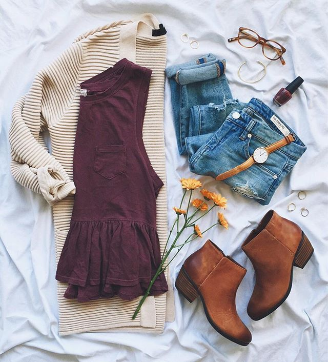 Cozy layers & go-to ankle booties = the perfect fall #ootd!Loving this peplum ta...