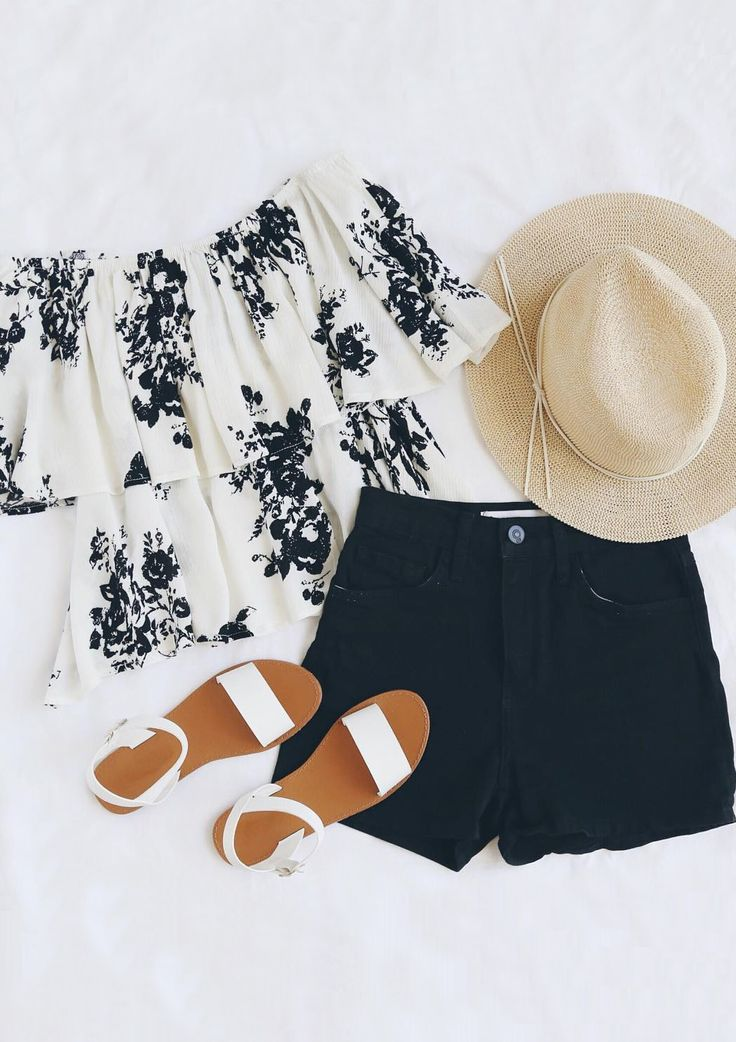 Soar through your day in the Heron Heights Black and Cream Print…
