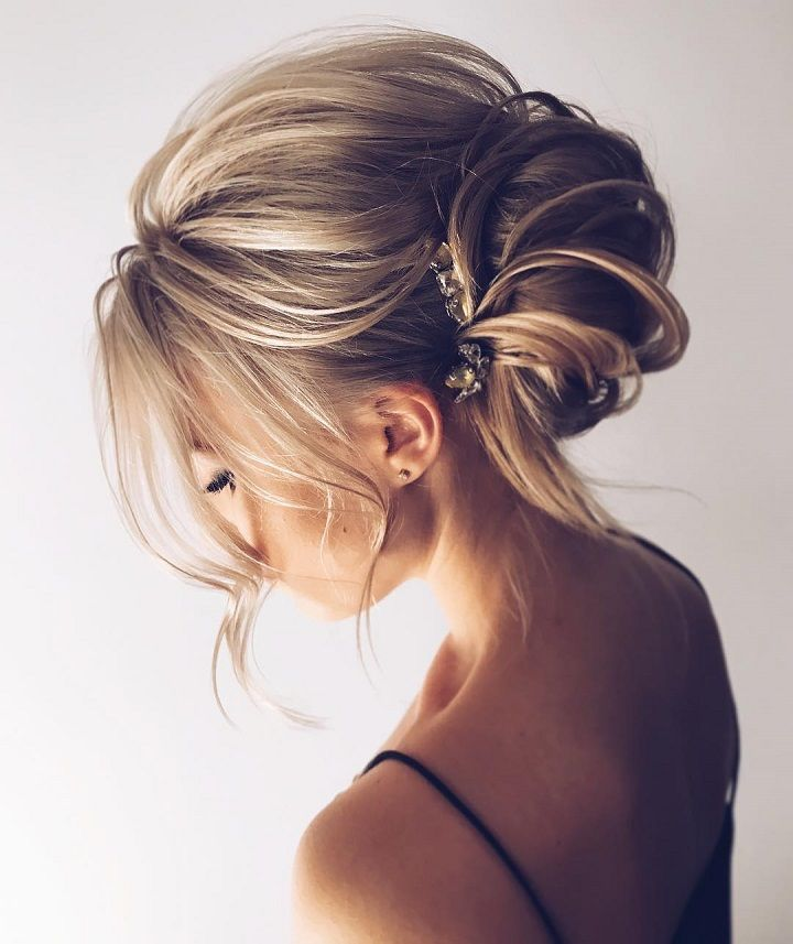 • prom hair •