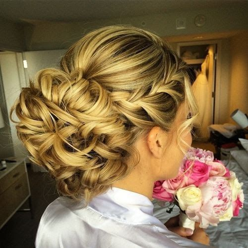 40 Chic Chignon Buns That Bring the Class into Formal and Casual Looks   Soft bl...