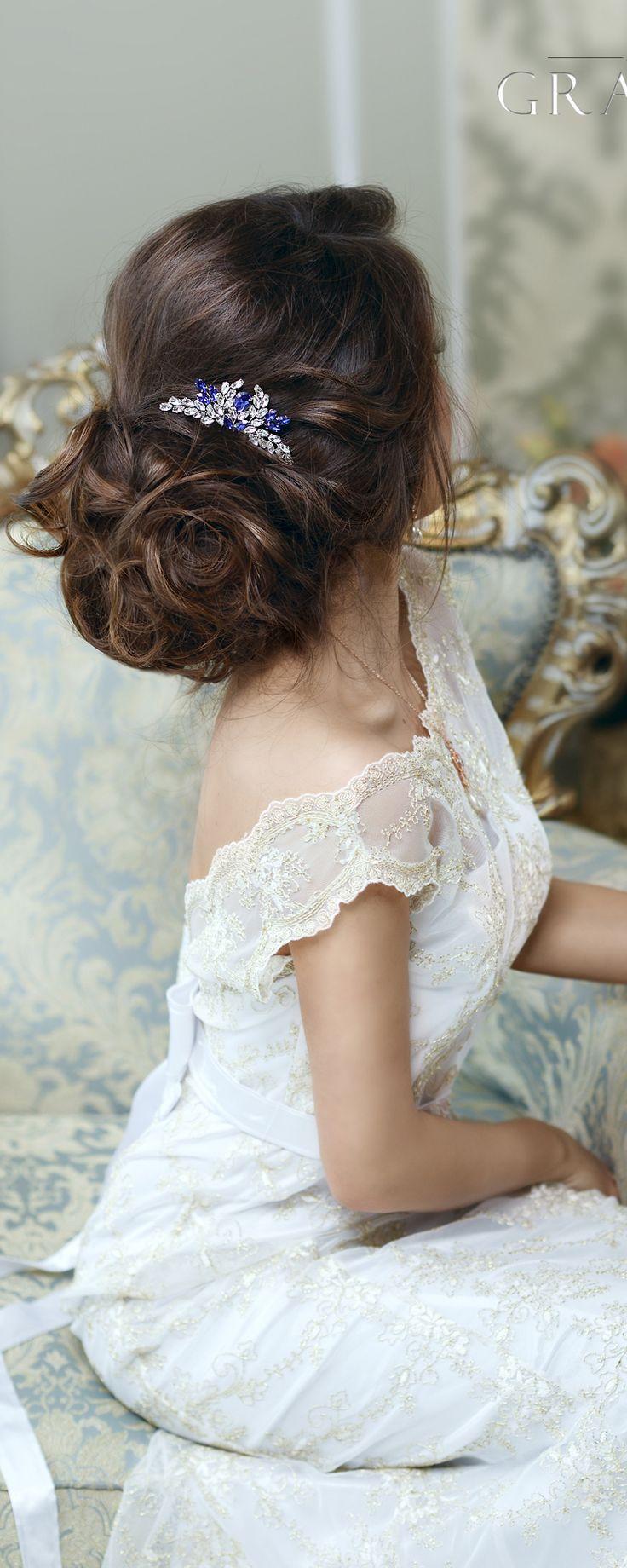Crystal wedding hair comb