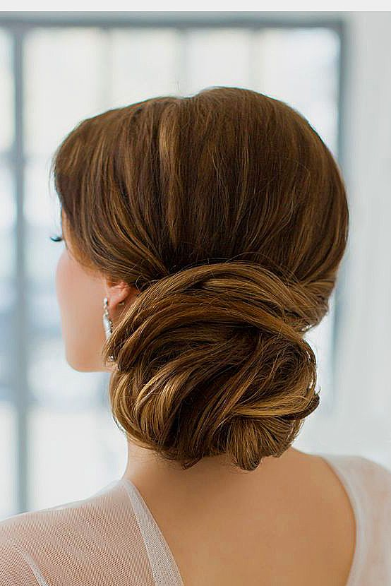 24 Gorgeous Wedding Bun Hairstyles ❤ See more: www.weddingforwar... #weddings ...