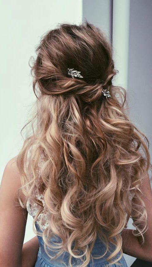 Ulyana Aster messy half up half down wedding hairstyle | Deer Pearl Flowers