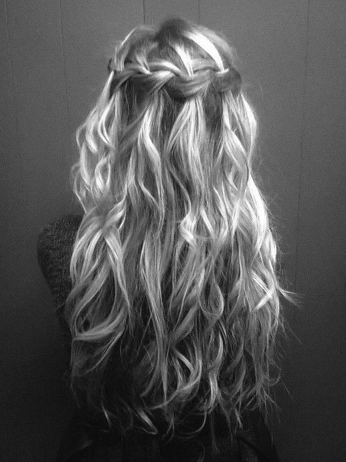 Beachy waves and braids