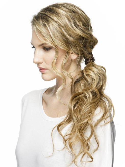 It's time to change things up with your ponytail. This textured pony tutoria...