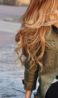 Gorgeous long waves // #hair #style