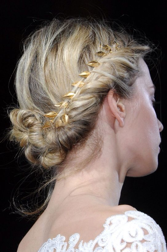 Pretty gold-woven braid // messy updo #hair