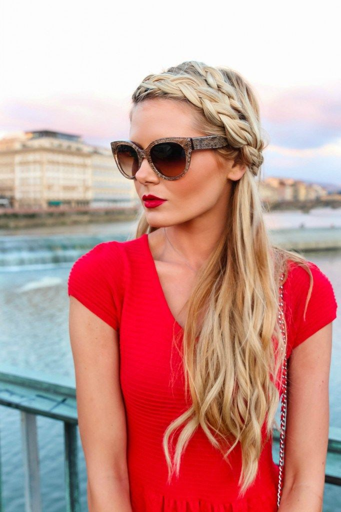 We looove braided tutorials, especially ones for long hairstyles! This top braid...