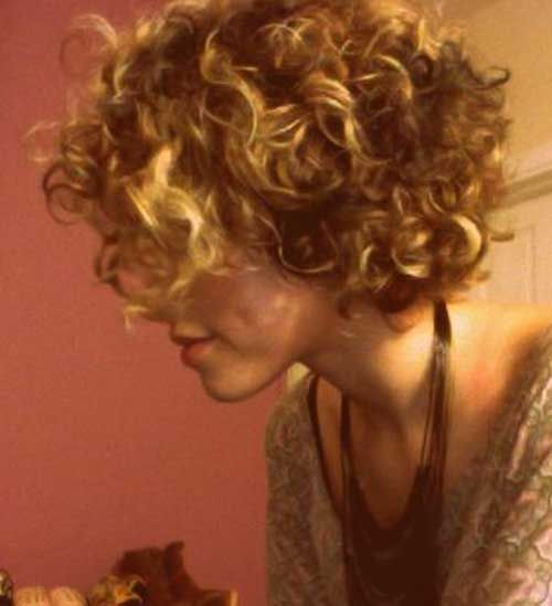 Trendy Haircuts 25 Best Curly Short Hairstyles 2014 2015