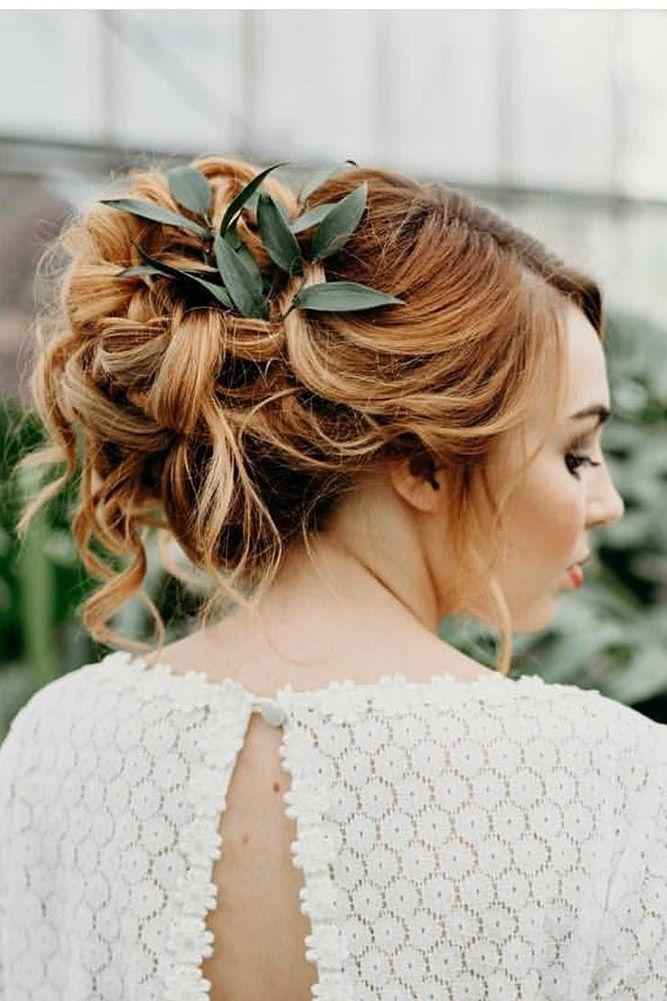 24 Stunning Greenery Wedding Hair Ideas ❤ See more: www.weddingforwar... #wedd...