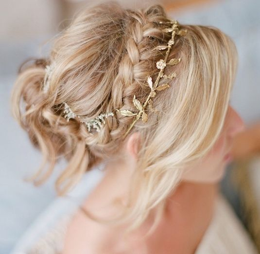 Featured Photographer: Michael + Anna Costa Photography; Wedding hairstyle idea.