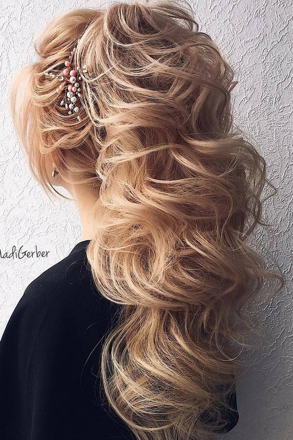 40 Stuning Long Curly Wedding Hairstyles from Nadi Gerber   Deer Pearl Flowers /...