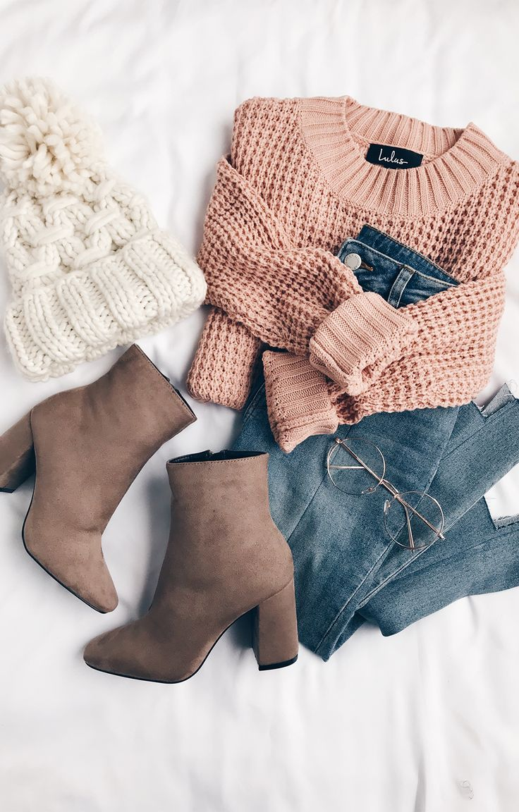 Lovin' this fall outfit inspo from lulu's! Chunky sweater & suede bootie...
