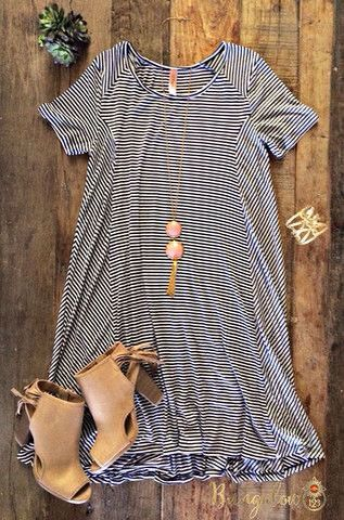 would love to have this outfit too cute