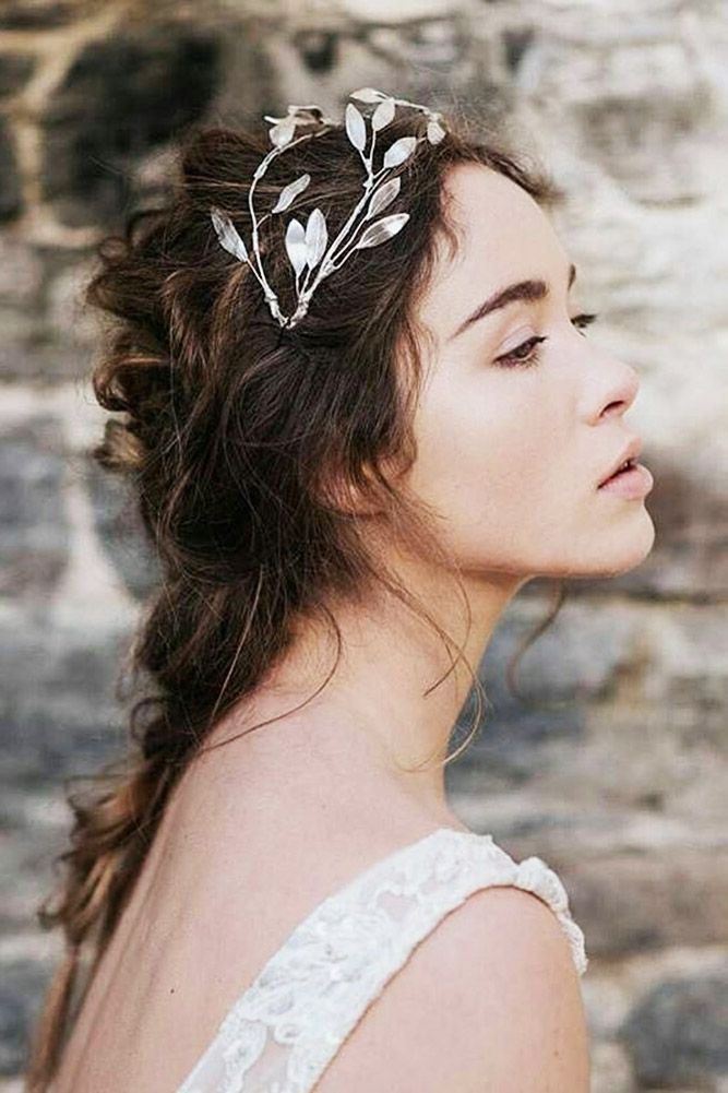 30 Enchanting Bridal Hair Accessories To Inspire Your Hairstyle ❤ Using some b...