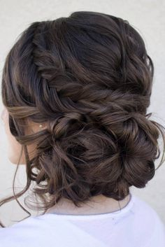 Prom hair updos stay trendy from year to year due to their gorgeous look and ver...