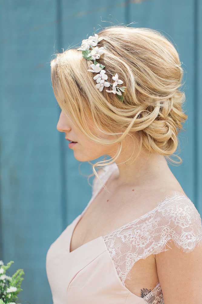 Top wedding hairstyles for the big day. Ideas for short or long hairstyle, we ha...
