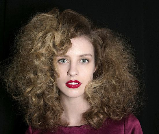 3 ways you could be sabotaging your hair // so interesting!