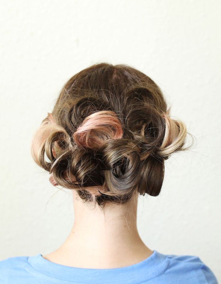 A simple, pretty updo // love this how-to!