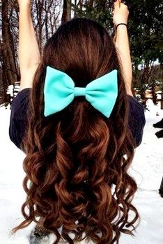 Big bow for a half-updo #hair