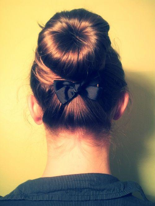 bow bun!