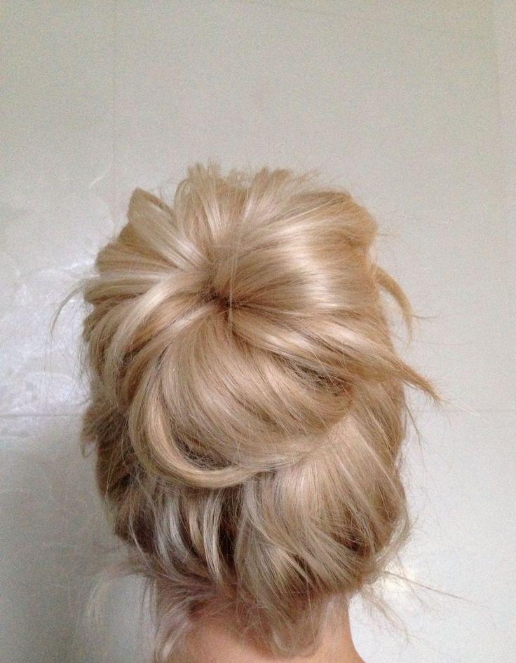 Perfect Messy Blonde Bun