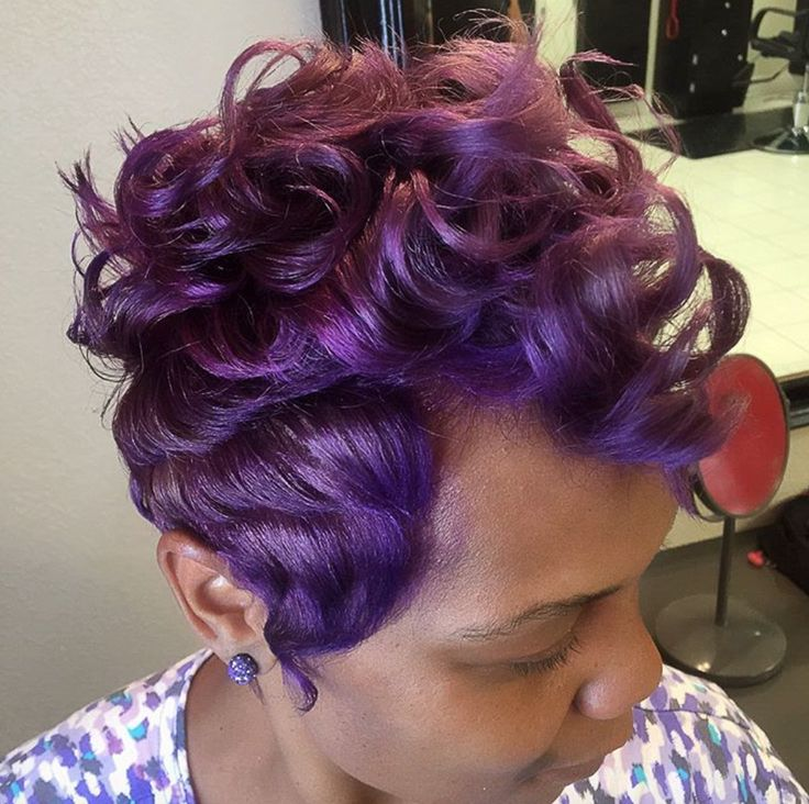 Love this color blend via @_salonbloom_  Read the article here - blackhairinform...