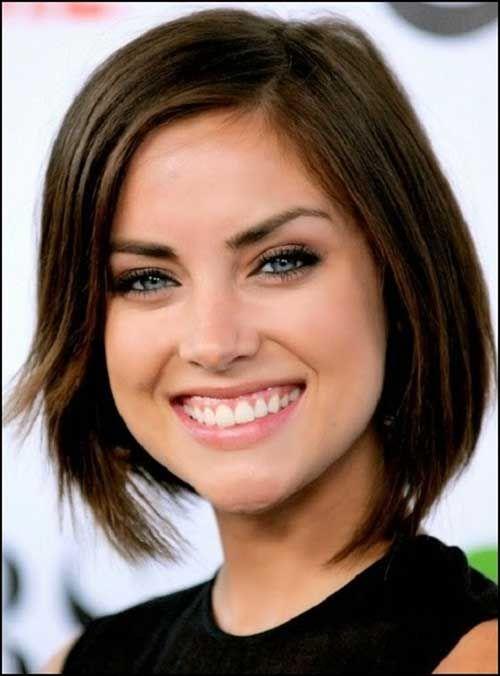 20 Chic Short Medium Hairstyles for Women - 2 #Hairstyles