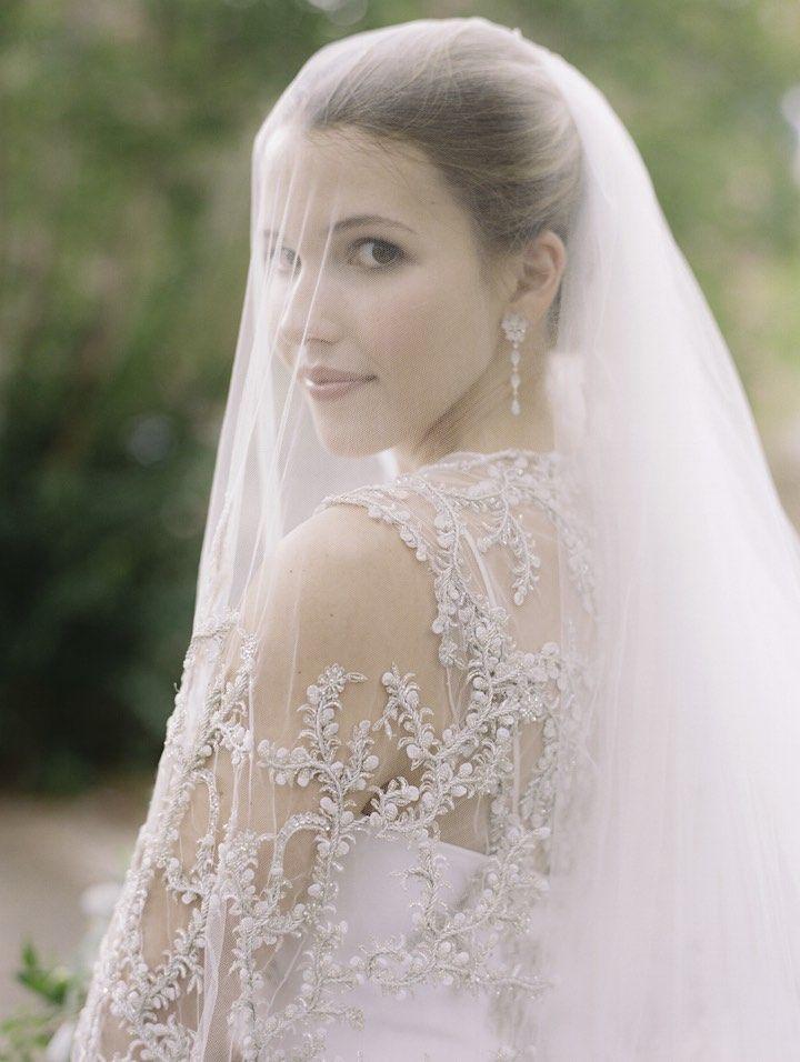 Featured Photographer: Abby Jiu Photography; Wedding veil idea.