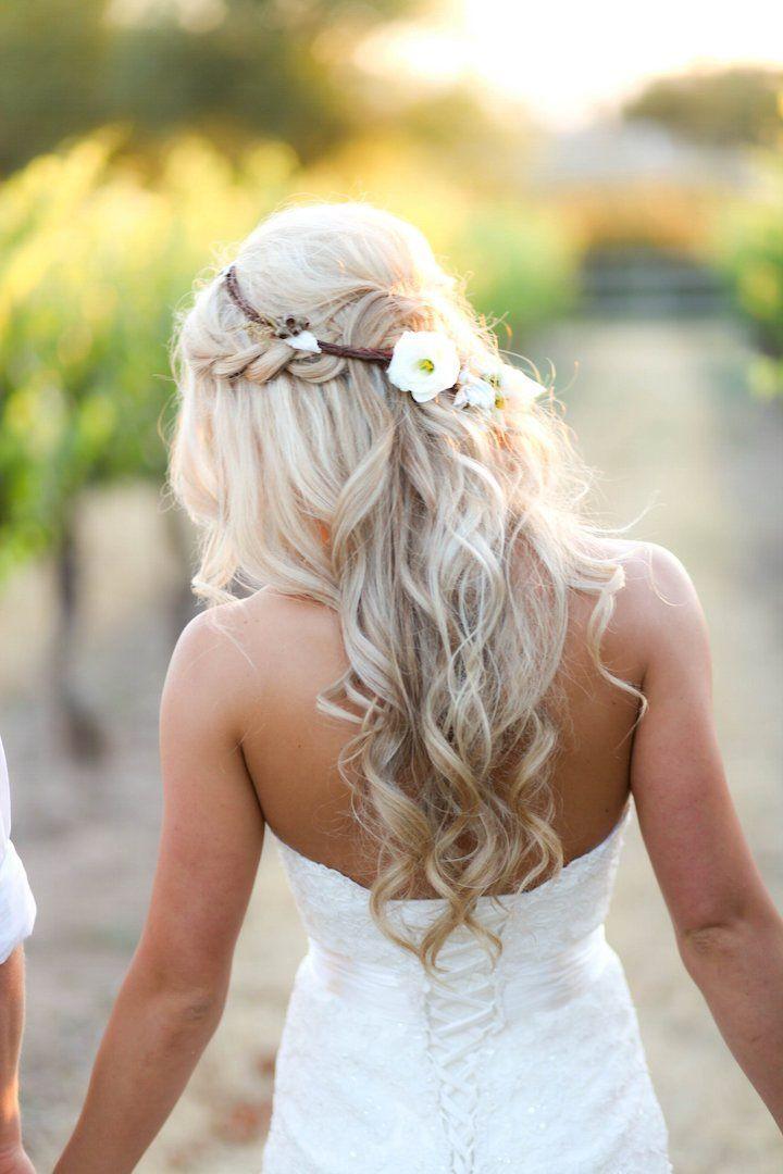 Featured Photographer: B. Schwartz Photography; Wedding hairstyle idea.
