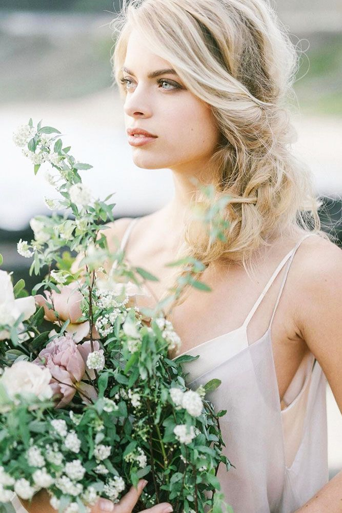 30 Beautiful And Simple Wedding Hairstyles ❤ See more: www.weddingforwar... #w...