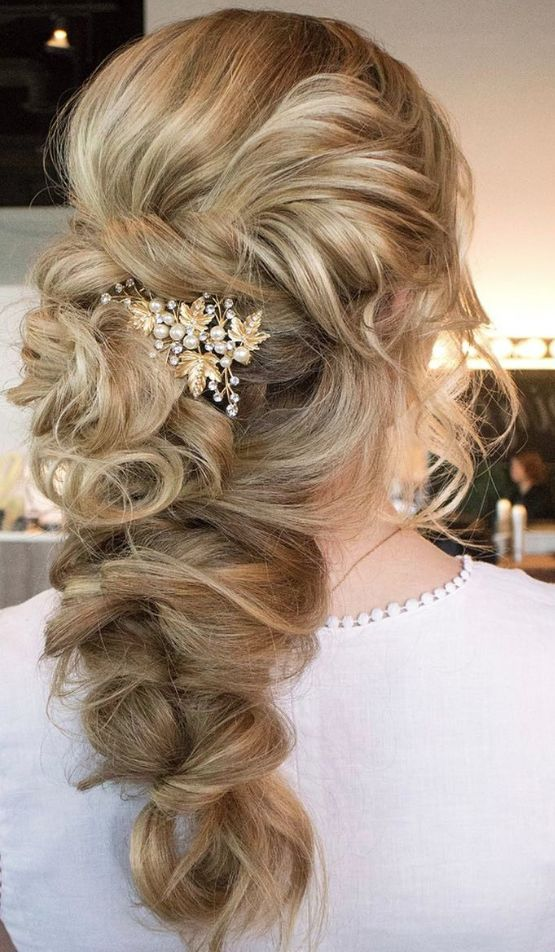 Featured Hairstyle: Hair and Makeup by Steph (Stephanie Brinkerhoff); www.hai...