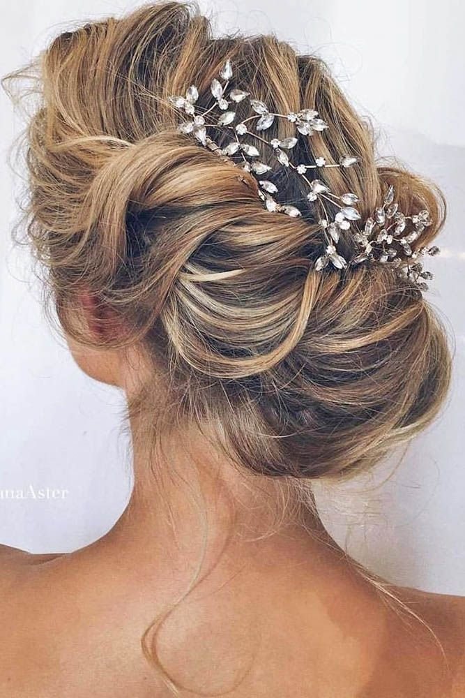24 Timeless Wedding Hairstyles For Medium Length Hair ❤ Do you have the questi...