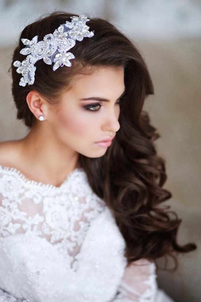 Bridal hair accessories to inspire your hairstyle. No matter what you wedding th...