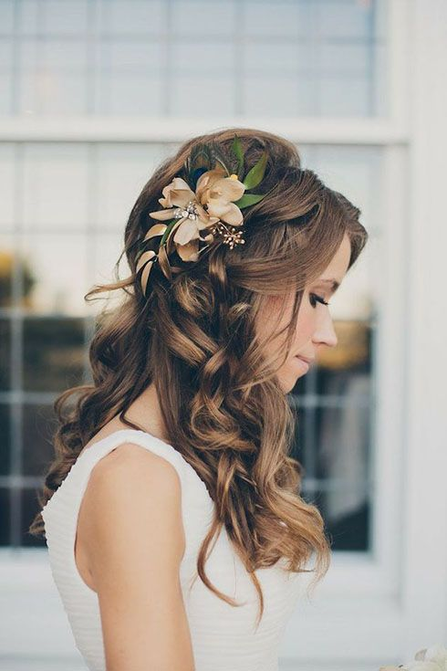 Rustic floral wedding hairstyle - long hair, braided, elegant. See more: www.wed...