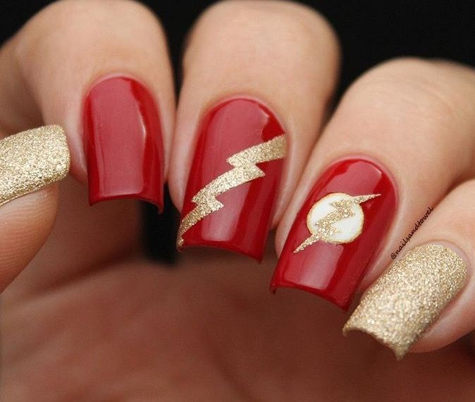 ❤️⚡️Unbelievably gorgeous mani by @nailsandtowel using our Lightning Nai...