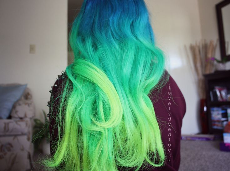 12 Rainbow Hairstyles You Will Want to Copy Right Now