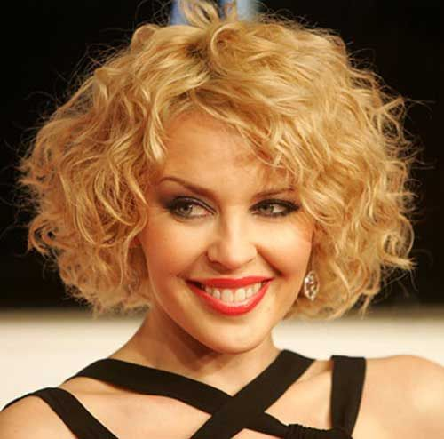 15 Latest Short Curly Hairstyles for Oval Faces