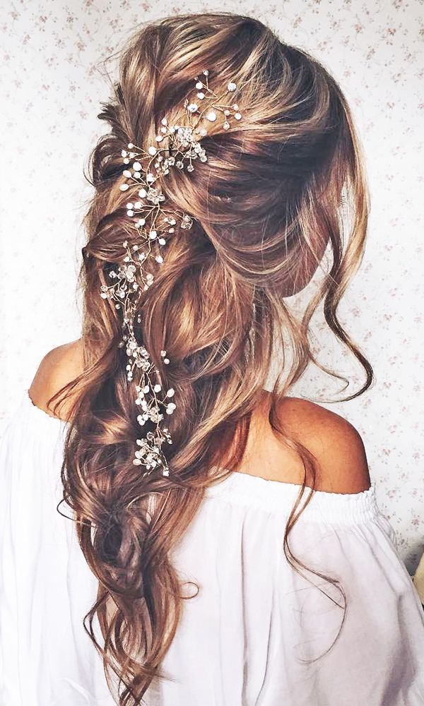 Romantic hairstyles #wedding-pinned by wedding decorations specialists dazzlemee...