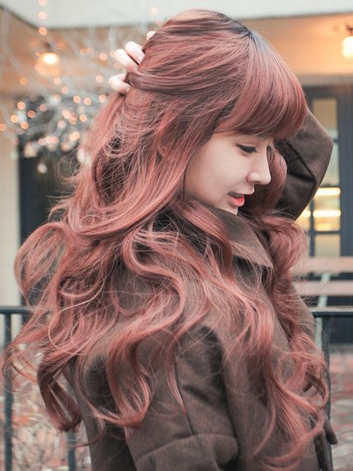 Sweet & Romantic Asian Hairstyles for Young Women
