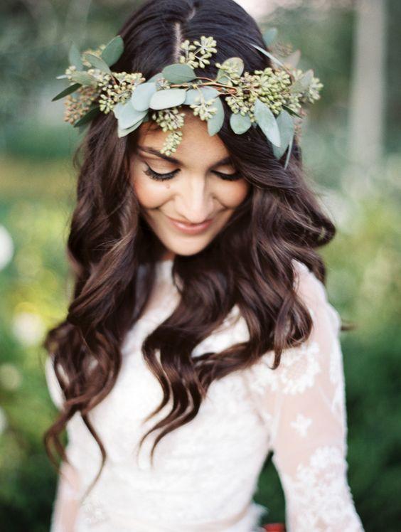 simple eucalyptus wedding hairstyle crown / www.deerpearlflow...